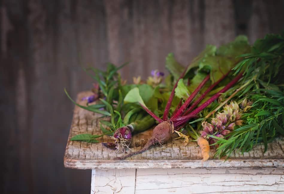 le top 10 des plantes qui aident faire perdre notre exc s de graisse elle sont dans votre. Black Bedroom Furniture Sets. Home Design Ideas
