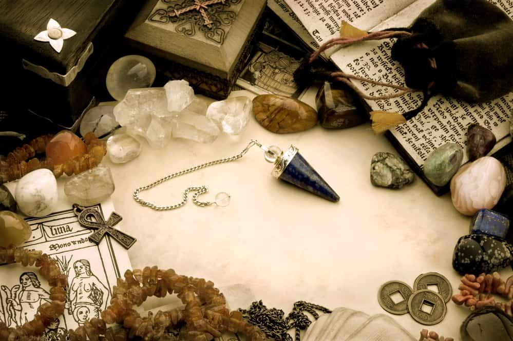 pendule-divinatoire